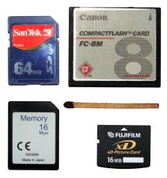 Flash_memory_cards_size.jpg